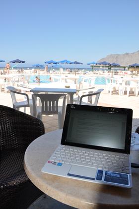 travail au bord de la piscine, club affiliation pro, crète